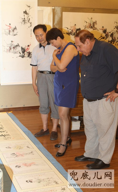 Appreciating LI qingzhao Song Peotry Connotation Painting Scroll(Ge ping painting,ZIHUI huangyong writing)